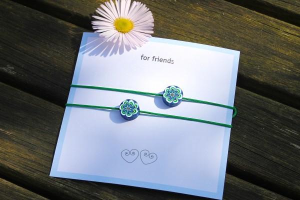 2x Freundschaftsarmbänder | Blume aus Fimo zum Knoten