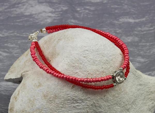 Armband | Rocailles | zweireihig | zierlich | rot, versilbert, Strass