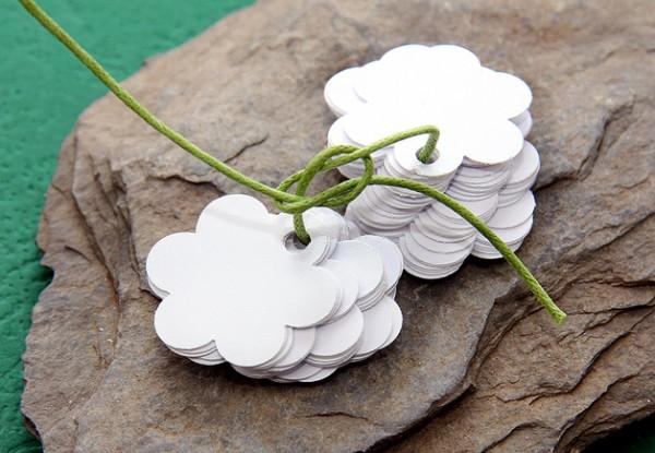 Anhänger | Blumenform | Preisetiketten | Geschenkanhänger | weiß | hellblau | creme | mintgrün | lila | mit Lochung
