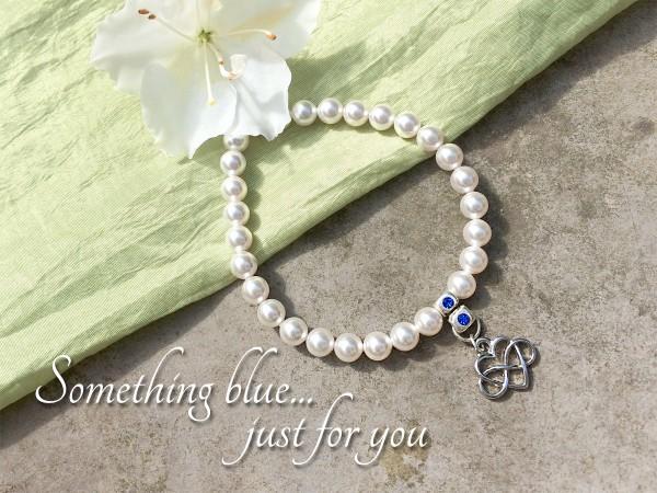 Braut Armband *Something Blue* | Perlen + Infinity mit Swarovski Kristallen