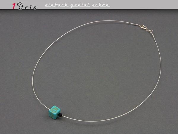 Kurze Halskette | Collier | aus Howlithwürfel und Swarovski Elements® Kristallperle | Juwelierdraht | Versilbert