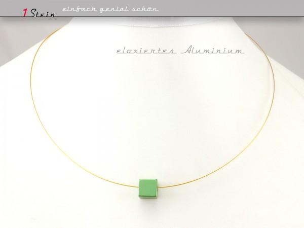 Draht Collier | grüner Aluminiumwürfel, eloxiert | auch in Wunschlänge