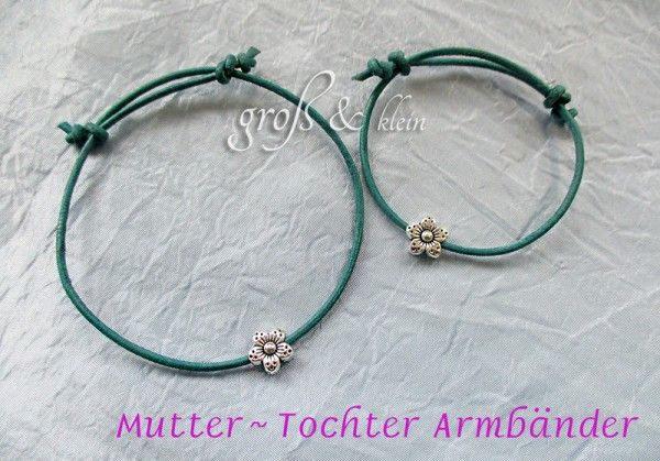 Armband Set: Mama + Tochter | Leder mit Blümchen | Farbauswahl