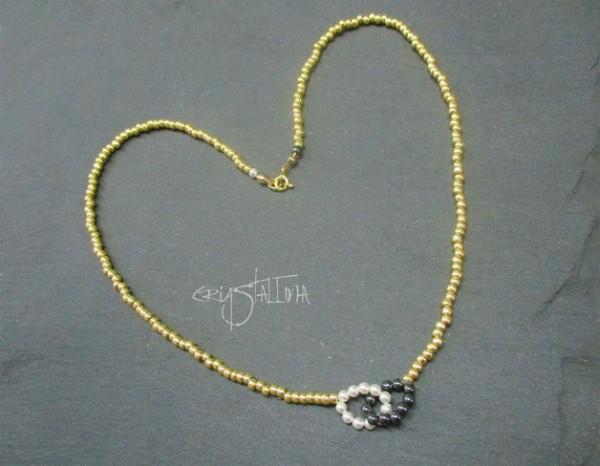 Infinity Halskette | gold - weiß - grau | mit Swarovski® Perlen | auf Maß