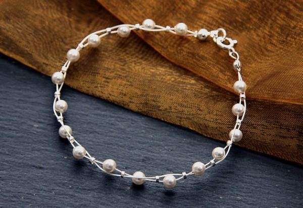 Perlenarmband | weiß | mit Swarovski Elements® Kristallperlen + 925 Silber