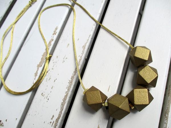 Bandkette aus Holz | 5 geometrische Holzperlen, gold oder silber