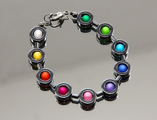 Regenbogenbunt | Hämatit Armband mit Polaris© Perlen im Farbverlauf