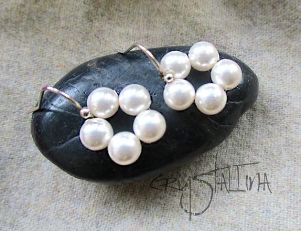 Ohrhänger | mit Swarovski Elements® Perlen | Perlenkränzchen in weiß, 925 Silber