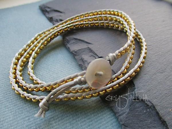 Wrap Armband | aus Miyuki-Perlen | zierliches Satinarmband, gold + grau