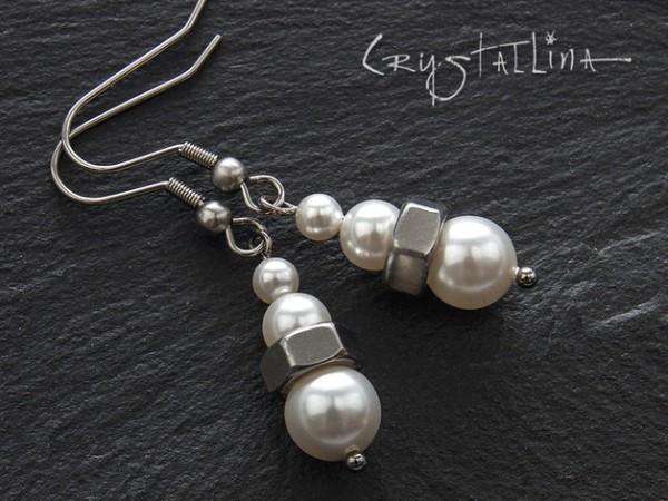 Ohrhänger | Edelstahl | Grau | Weiss mit Swarovski® Perlen